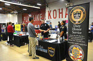 Career fair and elevator pitch practice prepares Kohawks for success