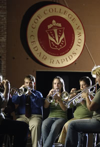 Students playing instruments (FOMAC)